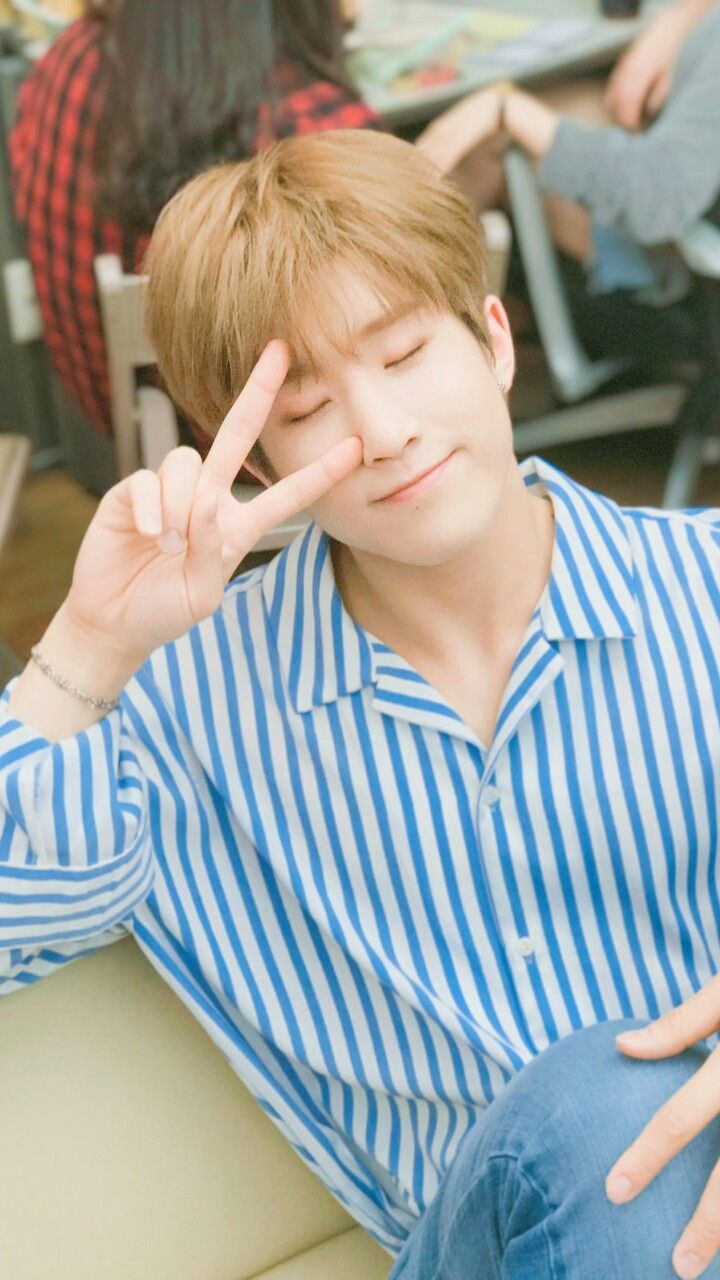 Astro Lockscreen Wallpaper Jin Jin Jinjin Astro Astro Kpop Astro Fandom Name