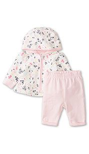 Two-piece baby debut outfit in white / pink