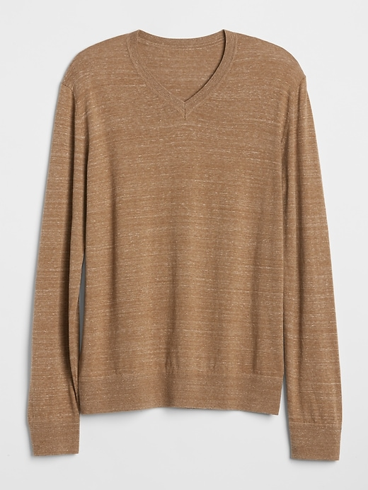 4dca22e78f2 Gap Men's The Mainstay V-Neck Sweater Camel Heather in 2019 ...