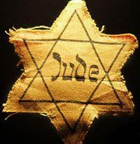 Een van de vrienden was joods. later in de film overleed hij.