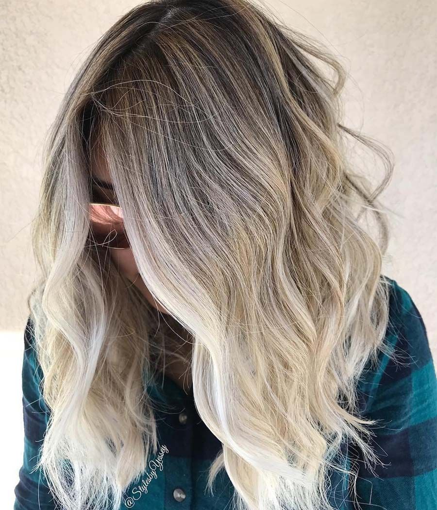 Light Ash-Blonde Ideas for your Hair in 2019 #lightashblonde