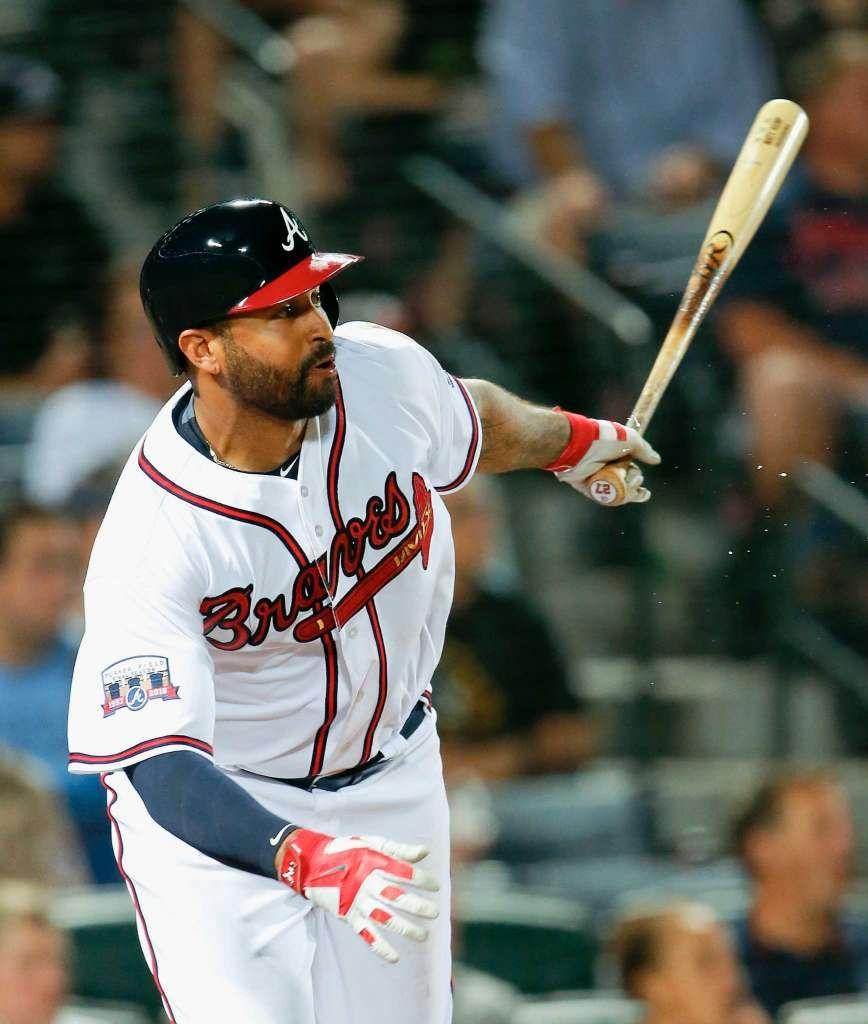 Atlanta Braves Matt Kemp Follows Through On A Double In The Fifth Inning Of A Baseball Game Against The Atlanta Braves Atlanta Braves Baseball Braves Baseball
