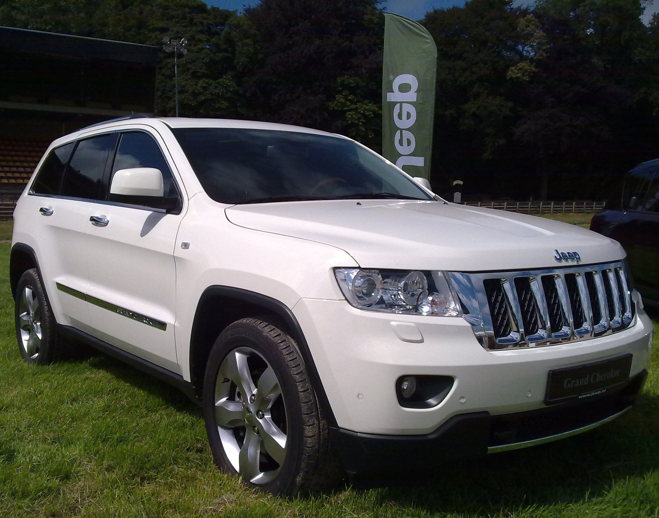 Jeep grand cherokee or similar jpeg http carimagescolay casa jeep
