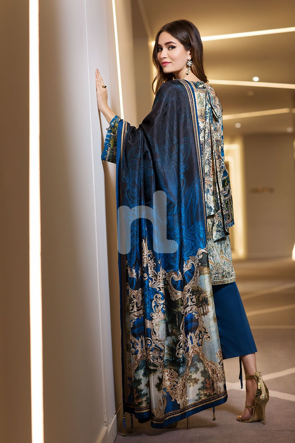 d71b6f35a6 Graceful Printed blue 3 piece unstitched pret by Nishat Linen embroidered  clothes 2018