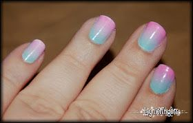 Awesome pastel gradient using makeup sponges