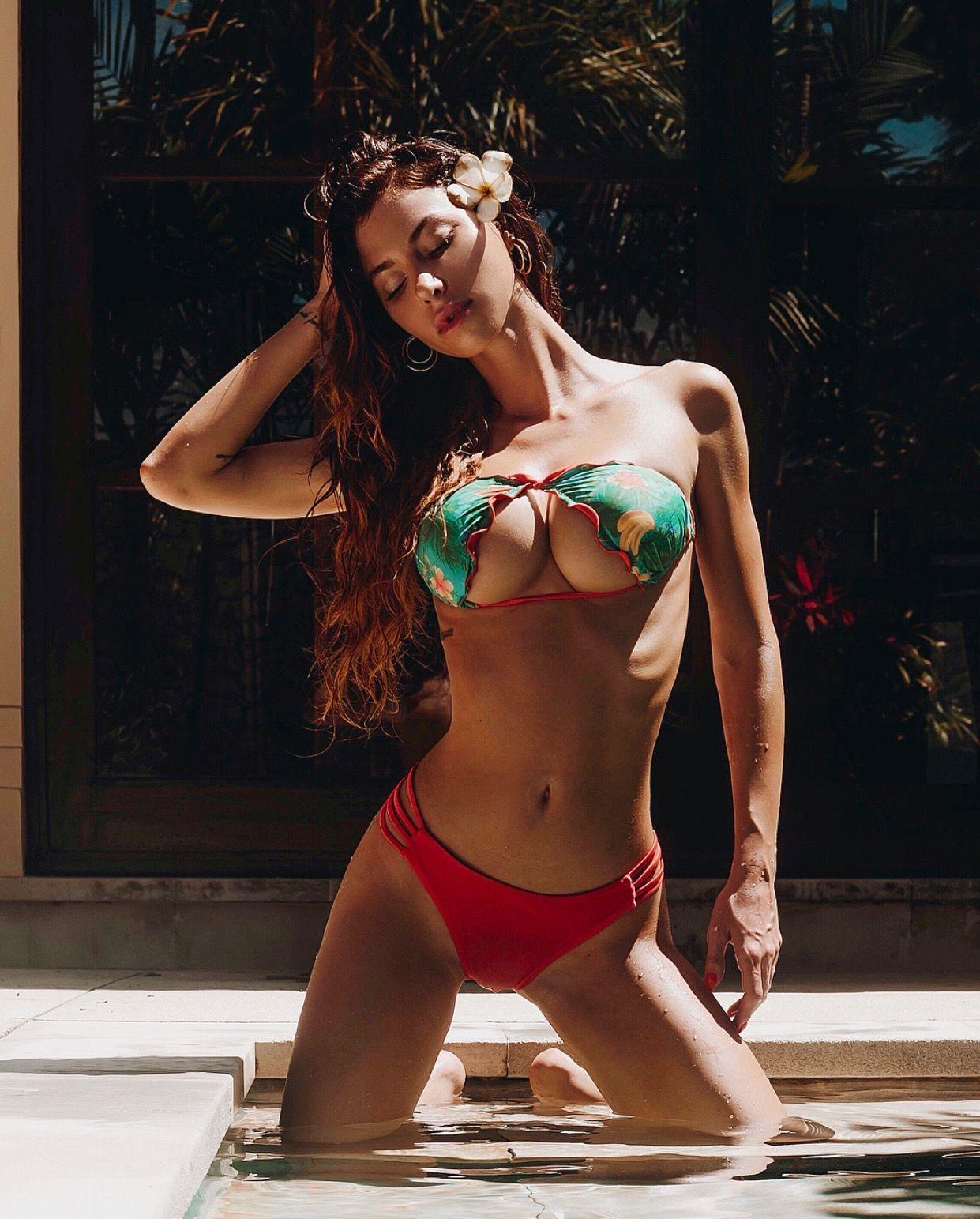 bra Youtube Valentina Fradegrada naked photo 2017