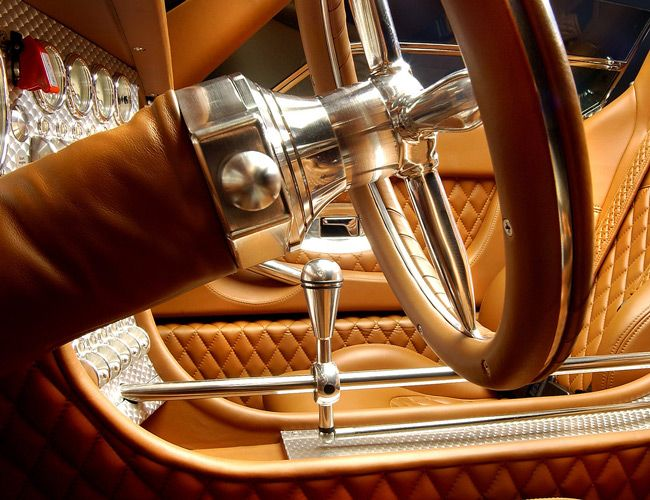 The 32 Best Car Features Ever Exposed Gear Levers 160k Clocks And More Car Interior Car Car Features