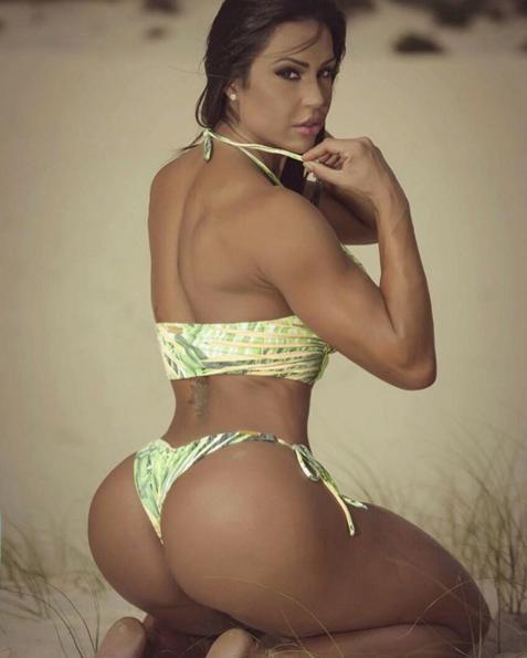 Big juicy boob pic free