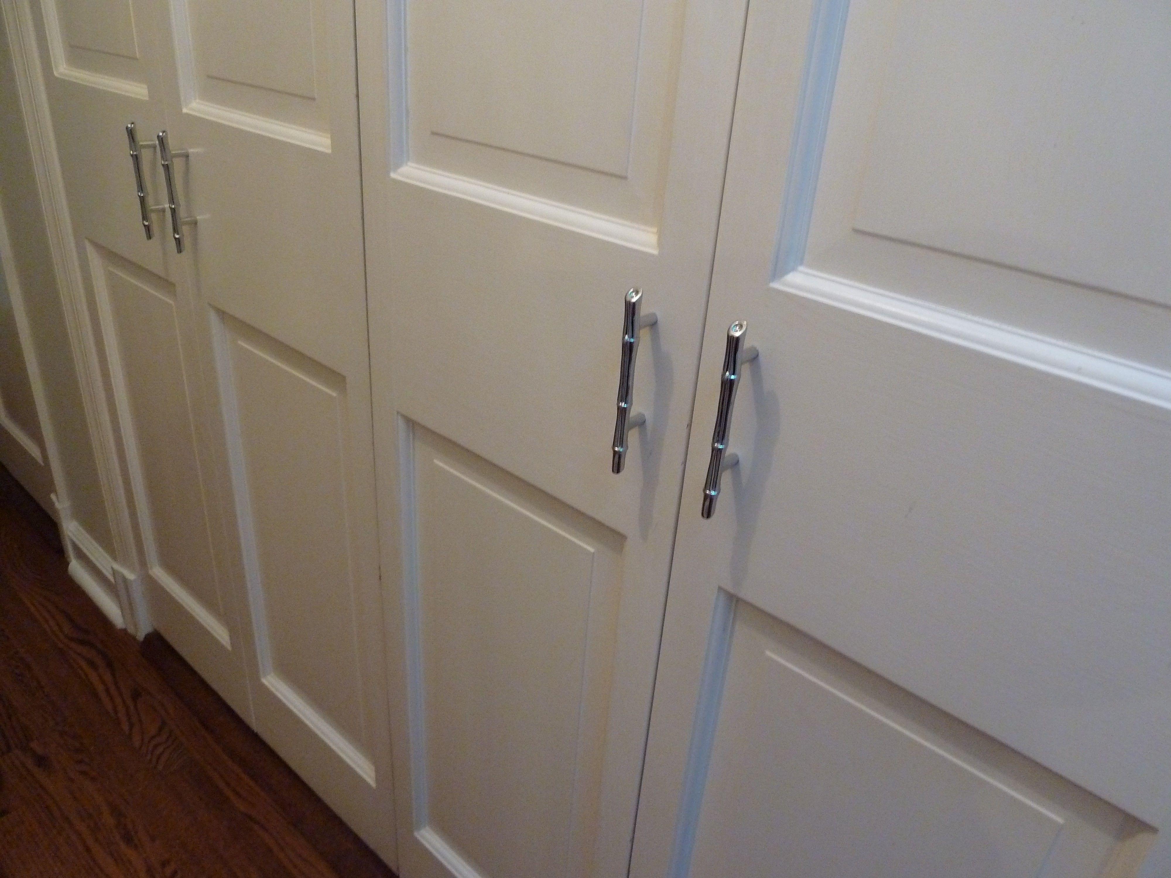 Image Result For Pulls For Bifold Doors Modern Closet Doors Closet Door Handles Sliding Mirror Closet Doors