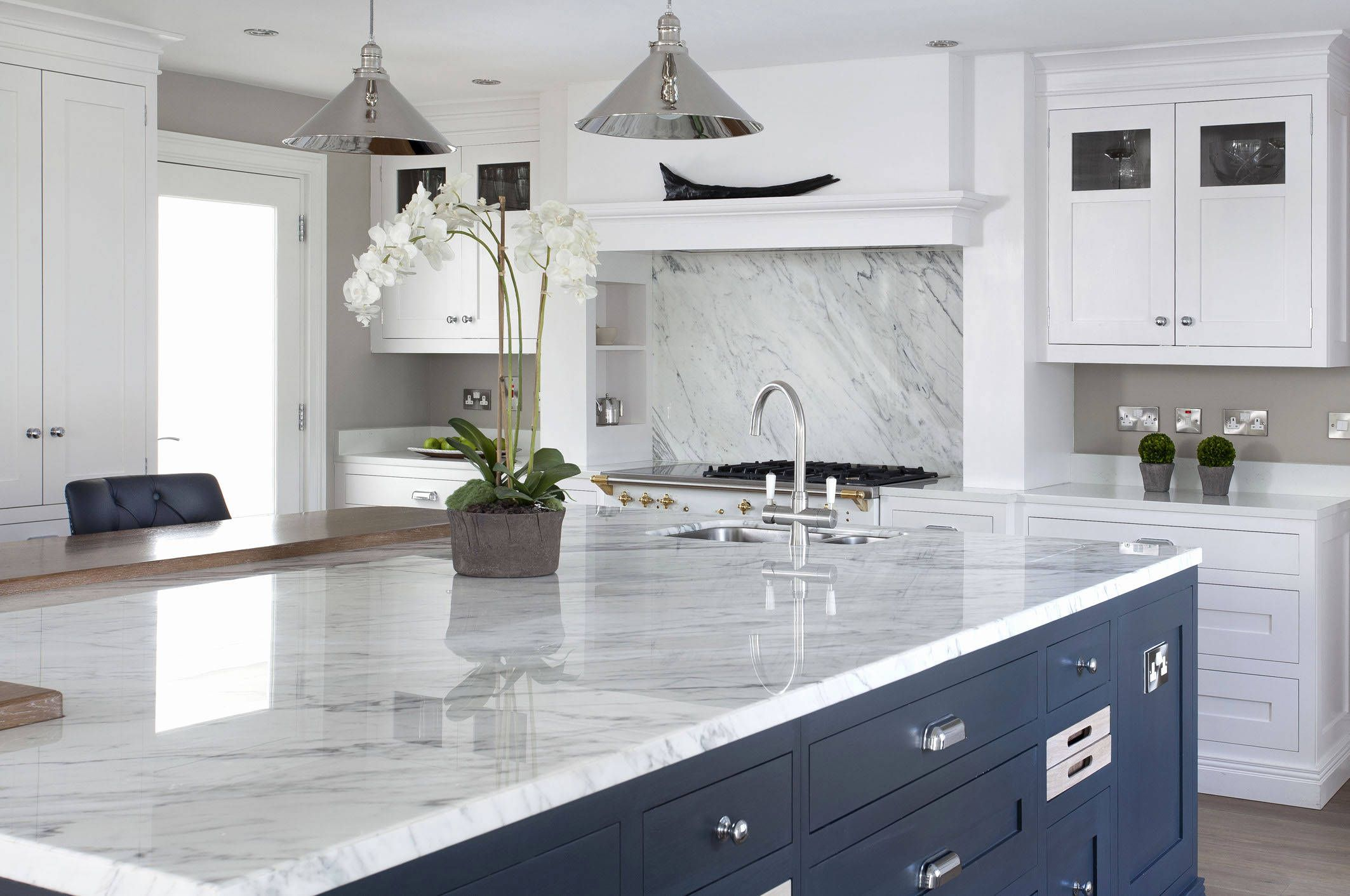 Quartz Countertops With Blue Veins Beautiful Stone