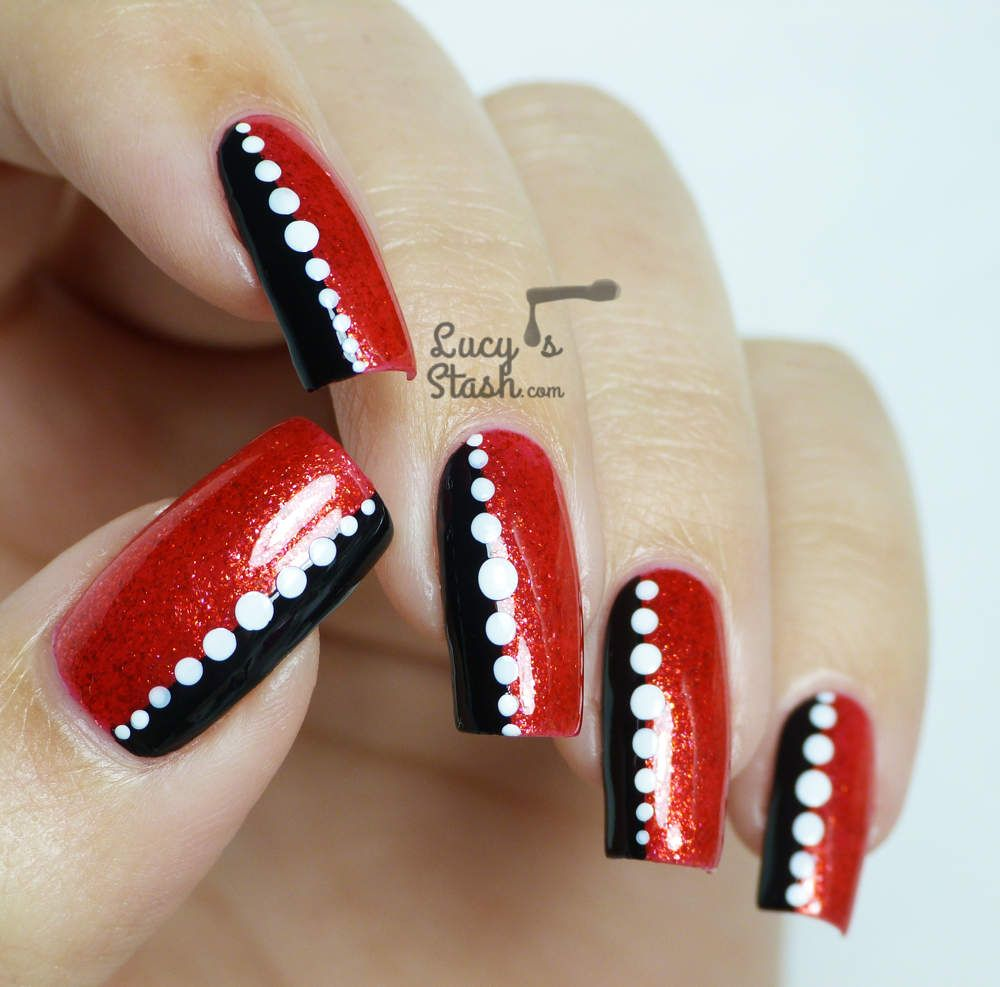 Two Easy Chic Nail Designs For Every Day Lucys Stash Valentine Nail Art Nail Designs Chic Nail Designs