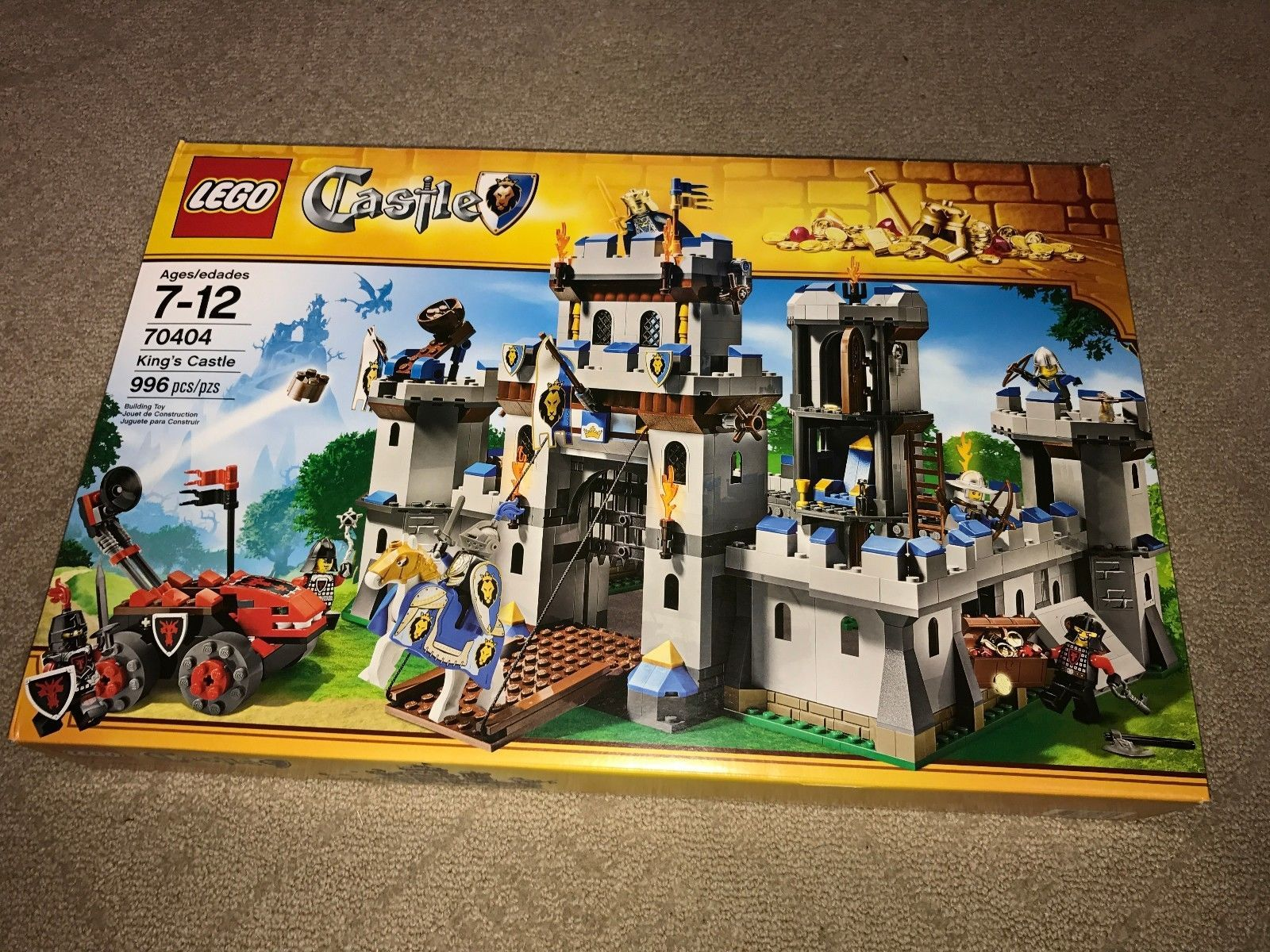 Emmitt Lego Knights 70404 King's Castle - NEW in Box - Retired Set