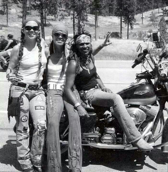 Hard core lady rider's!
