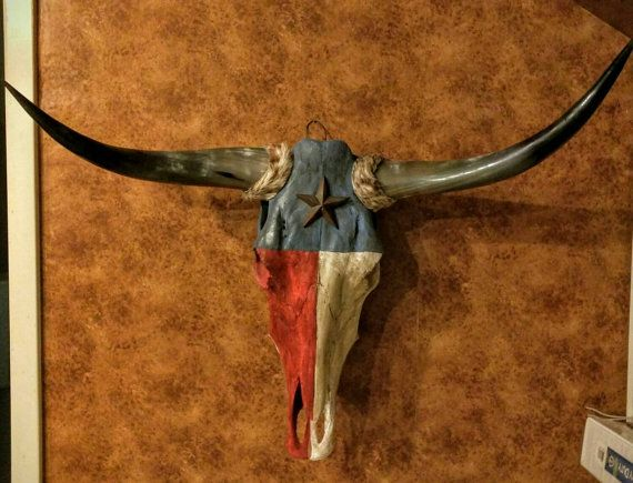 Hand Painted Texas Flag Cow Skull Etsy Cow Skull Skull Painting Flag Painting