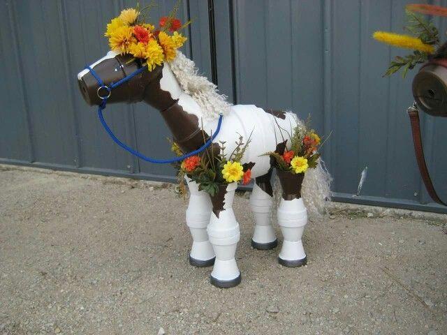 Flower pot horse… cool #flowerpot
