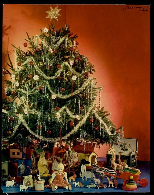 a stately tinsel swathed classically lovely 1940s christmas tree christmas vintage photo 1940s forties tree decorations