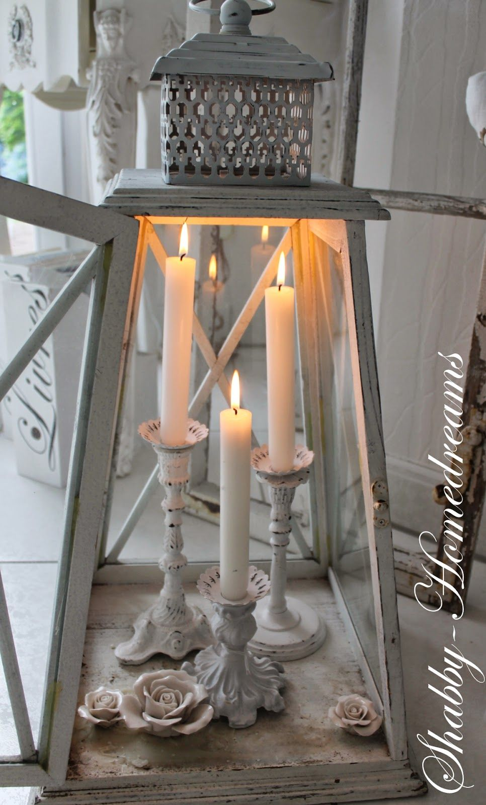 Kerzen Deko Ideen Place Candles In A Lantern A Great Way To Decorate With Candles