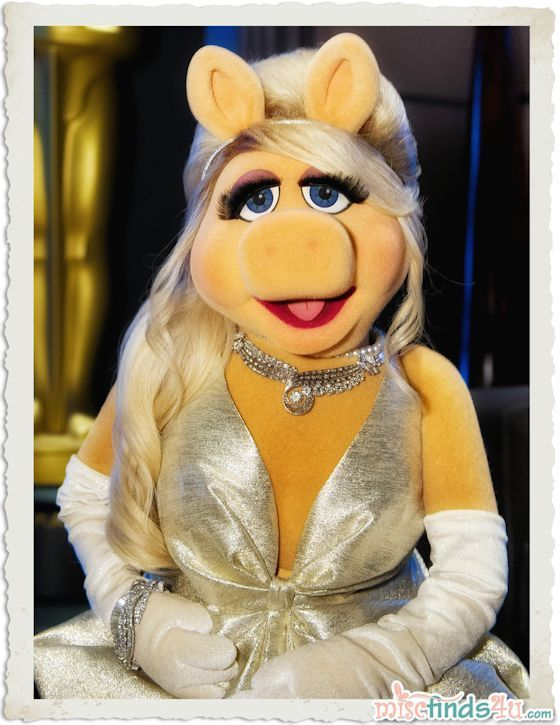 Miss Piggy & Kermit the Frog at the Academy Awards ~ what year was that?