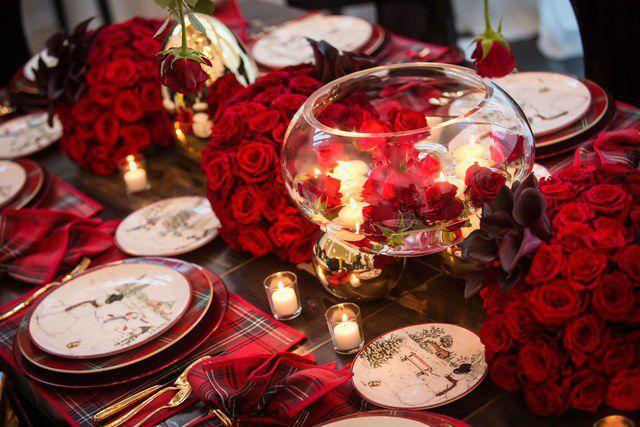 Kris Jenner S House Fun Christmas Decorations Holiday Table Decorations Kris Jenner House