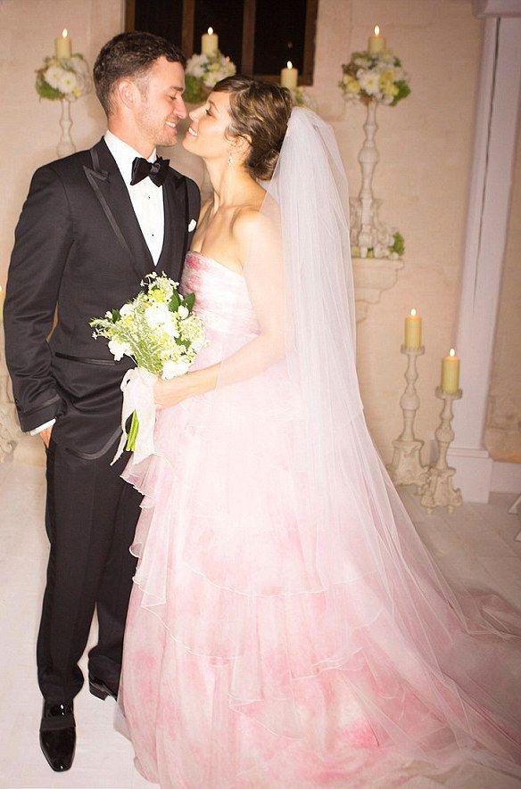 Jessica Biel Justin Timberlake Wedding Photo1 People Mag I Love Her Dress It S Gorgeous