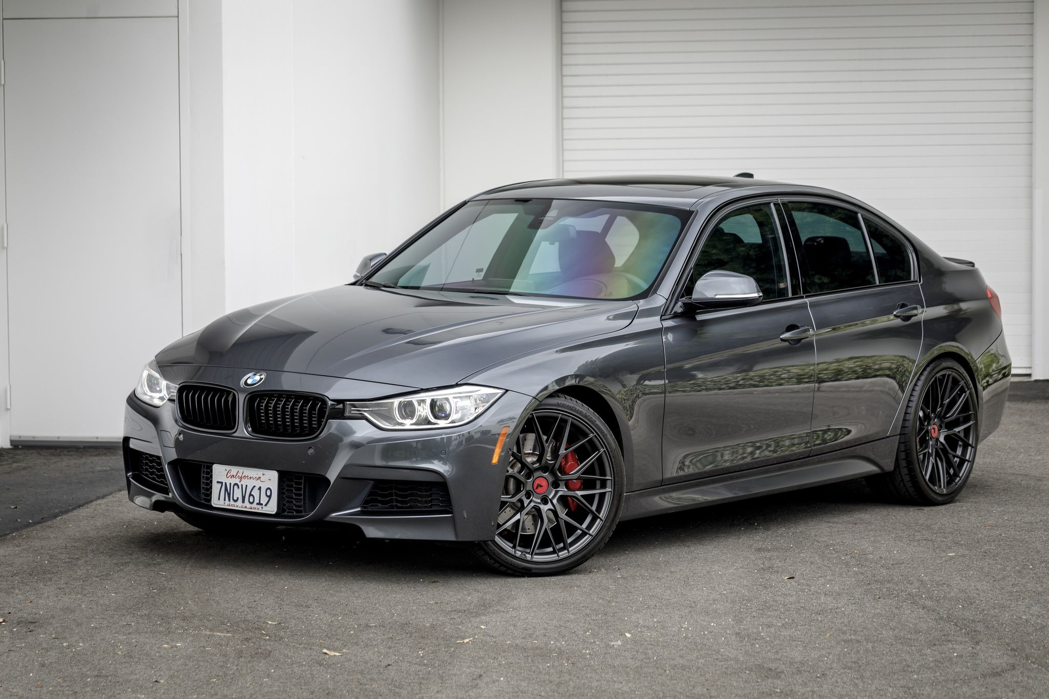 Mineral Gray Metallic Bmw F30 335i With Aftermarket Carbon