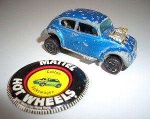 Bugeye Plastic Button w//tab Hot Wheels Redline 1970 USA
