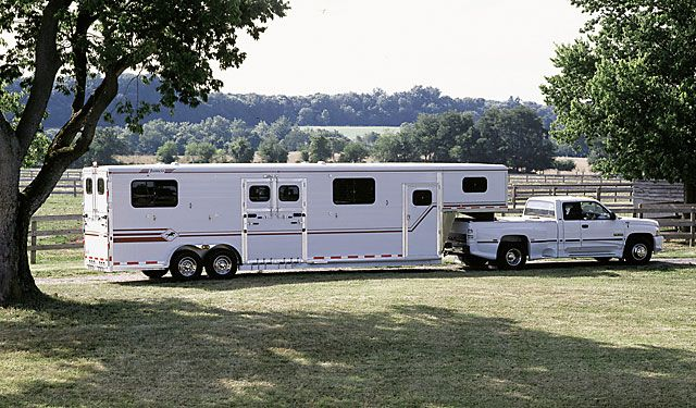 Horse Trailers - Aluminum Horse Trailers   Featherlite ...