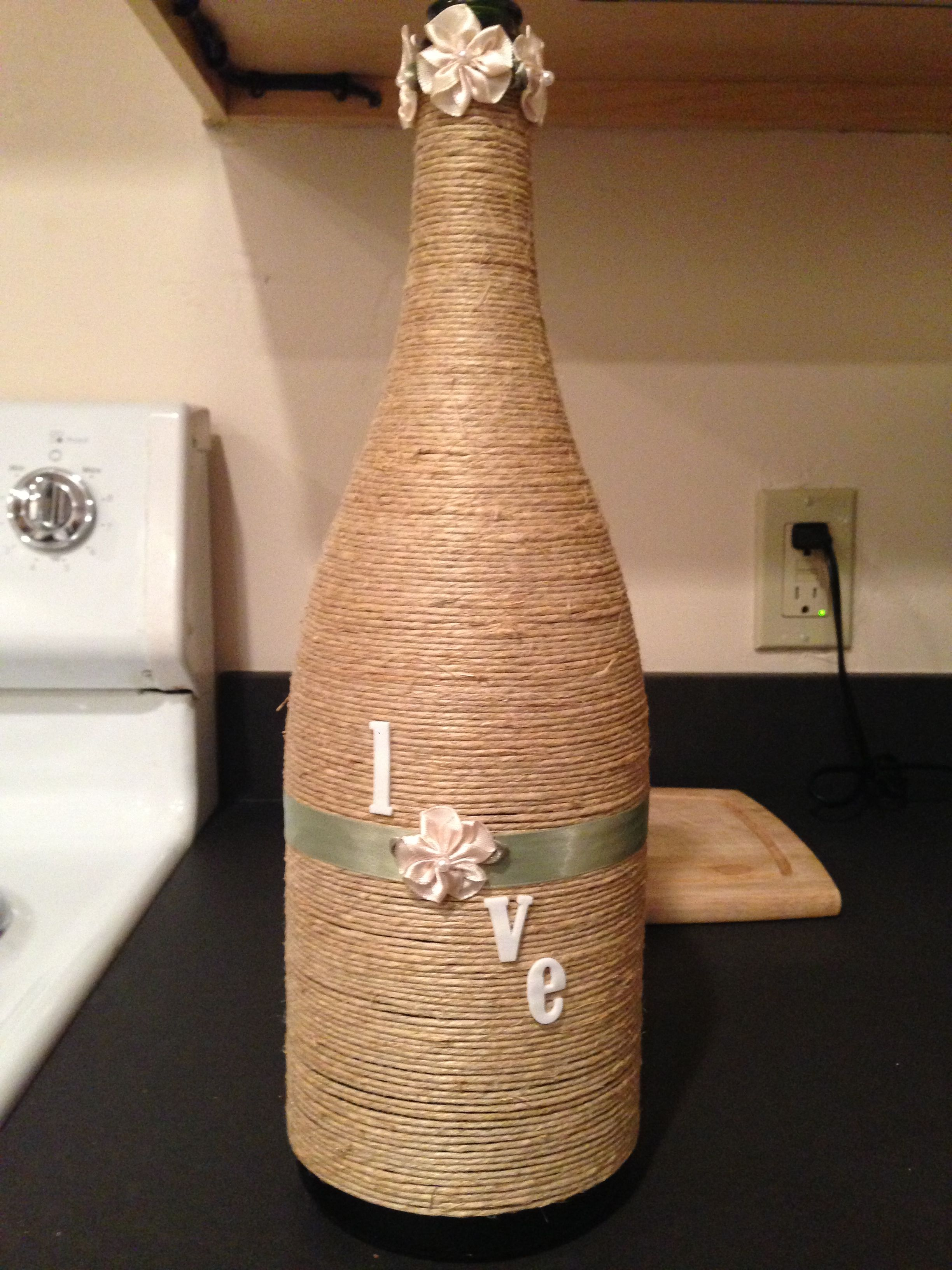 wine bottle decorating basteln pinterest flaschen dekorieren flaschen und selfmade. Black Bedroom Furniture Sets. Home Design Ideas