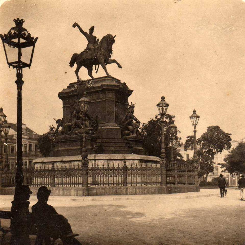 Estátua equestre de D. Pedro I, Praça Tiradentes, Centro, em 1908.