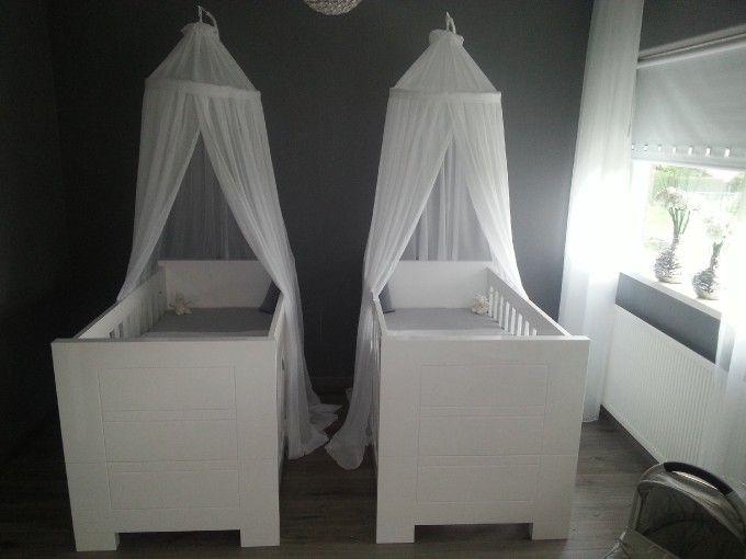 Babykamer Tweeling Ideeen : Mooie moderne tweeling babykamer the twins babykamer