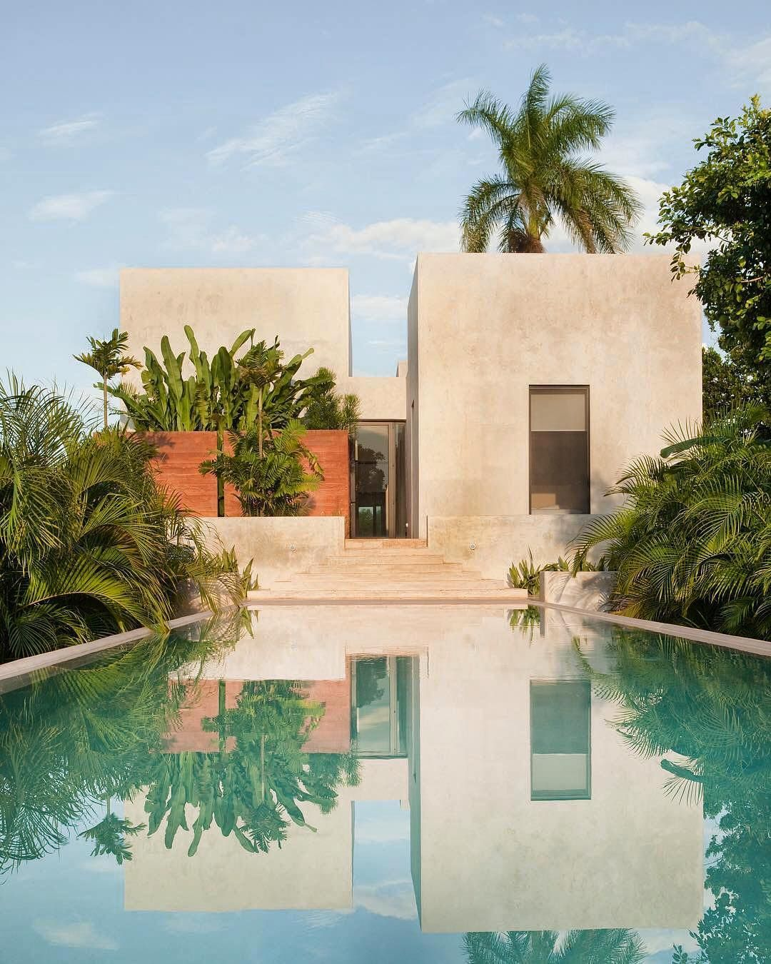 Architettura Case Moderne Idee renovated by @reyesrios_larrain, 'hacienda bacoc' used to be