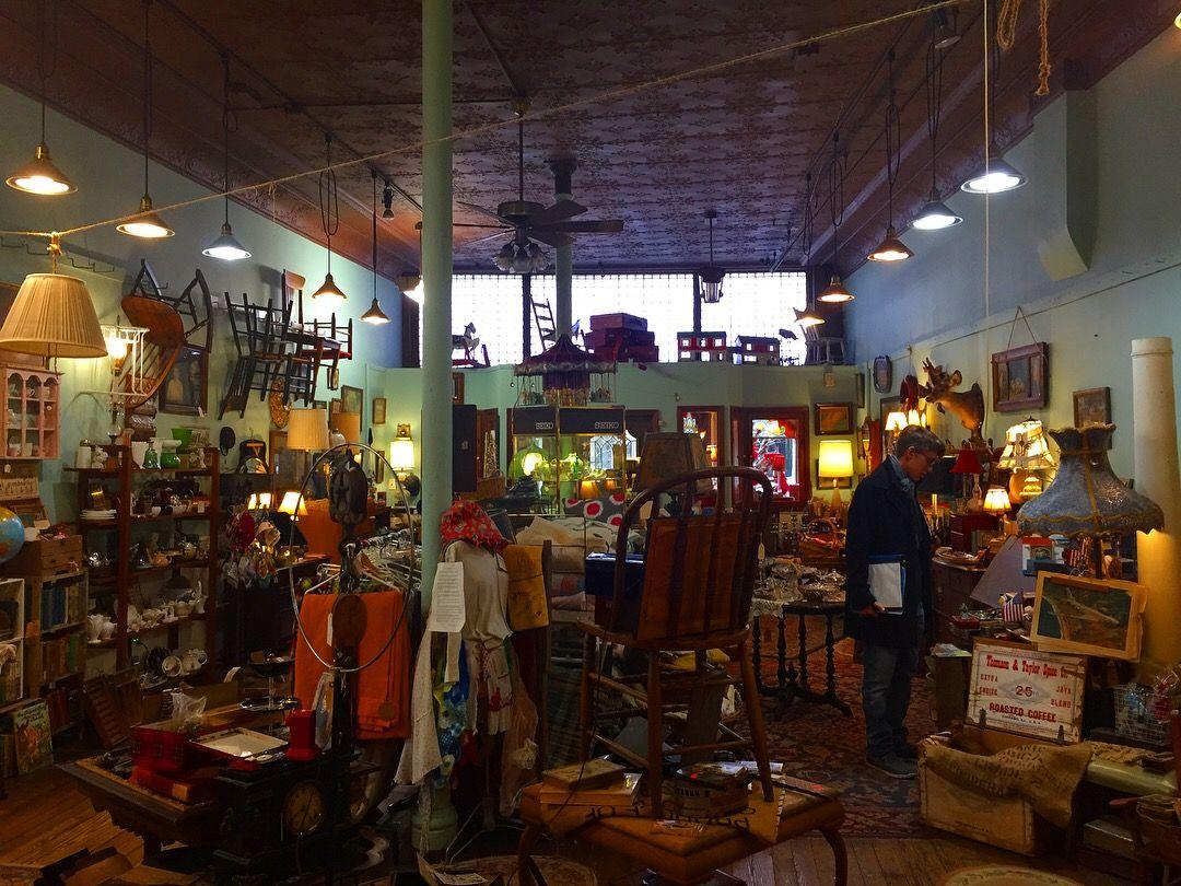 Old Antique Shop Aesthetic Antique Shops Old Antiques Online Shop Design