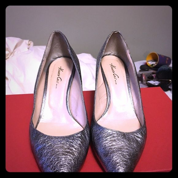 Kenneth Cole New York Silver heels Size 40 - silver Kenneth Cole New York kitten heels Kenneth Cole Shoes Heels