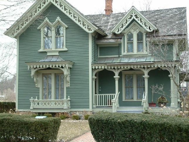 Victorian Style Homes And Gardens