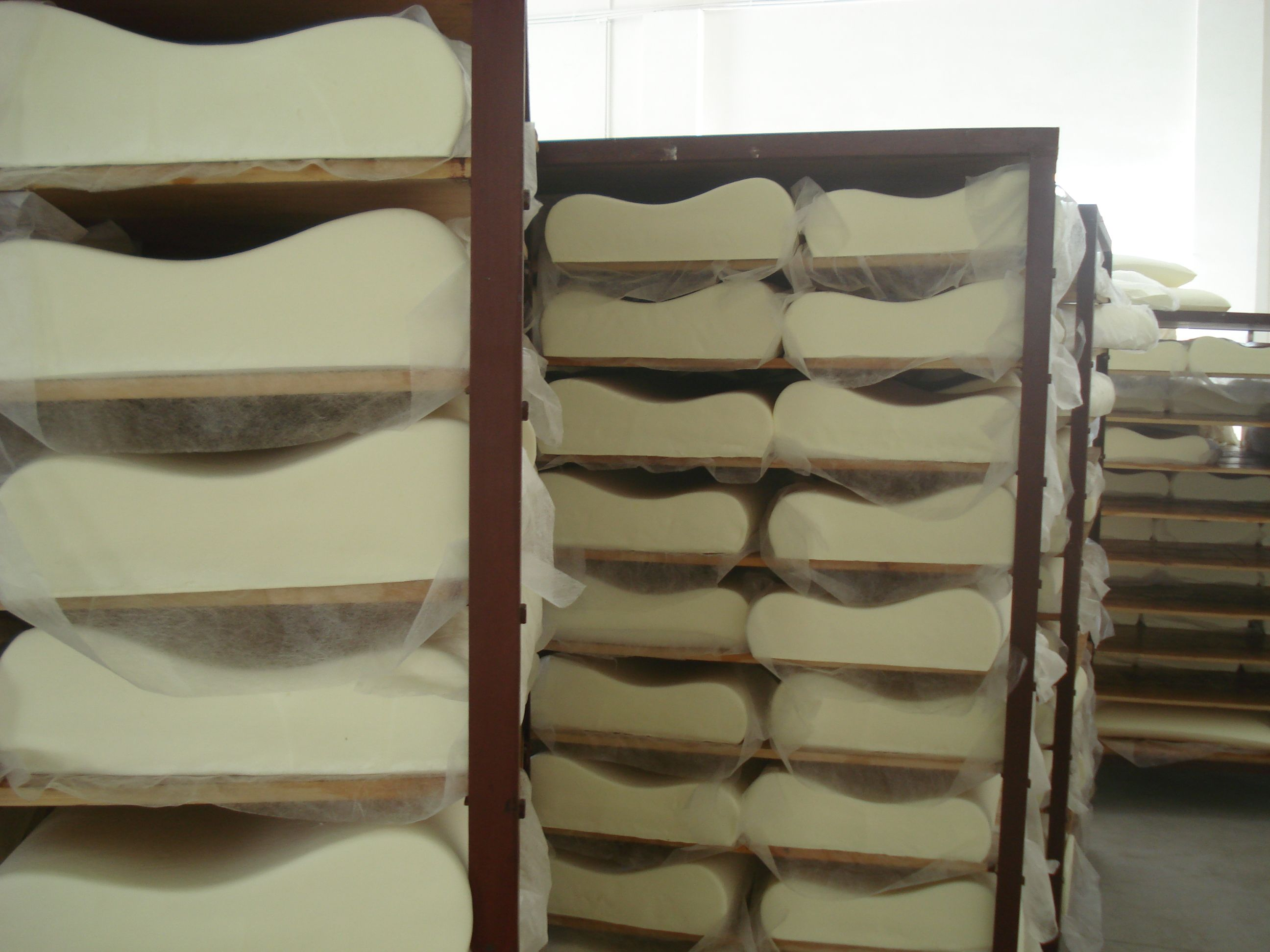 Nature's Sleep Memory Foam Pillows Settling on the Bread Racks #naturessleep #sleepnation