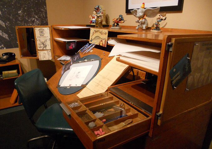Artist Desk Artist Desk Artist Workspace Drawing Desk