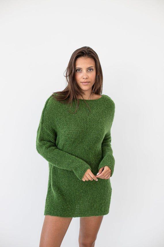 Alpaca moss green oversized knit sweater for women | Roseuniquestyle #oversizedknitsweaters