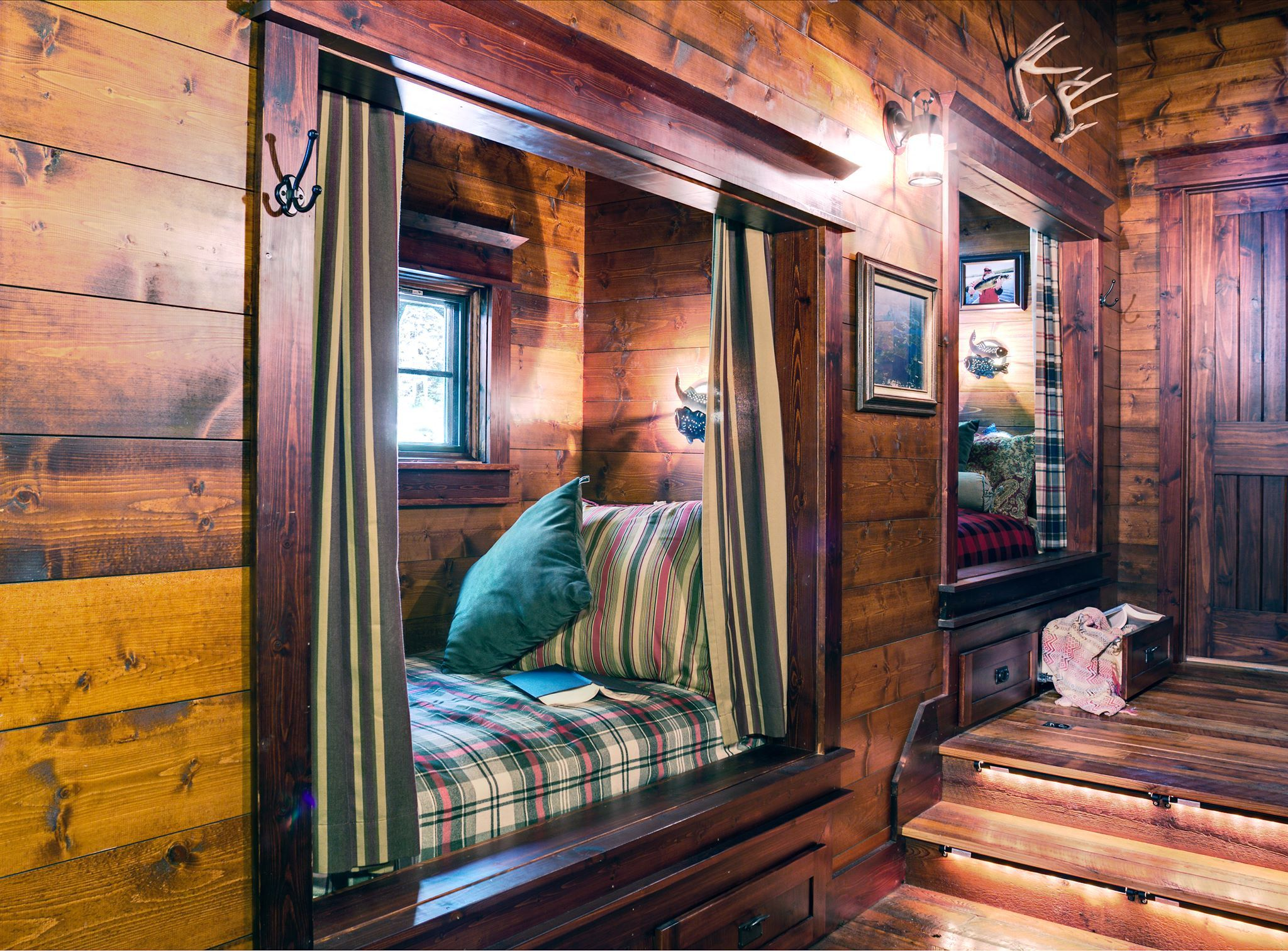 cabin life cabins charm country pinterest magazine cottage pin