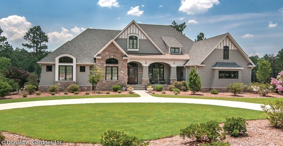 European Style House Plan 4 Beds 4 Baths 3048 Sq Ft Plan 929 1 Craftsman House Plans French Country House French Country House Plans