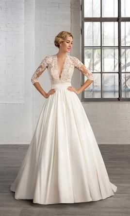 Cosmobella 7746: buy this dress for a fraction of the salon price on PreOwnedWeddingDresses.com
