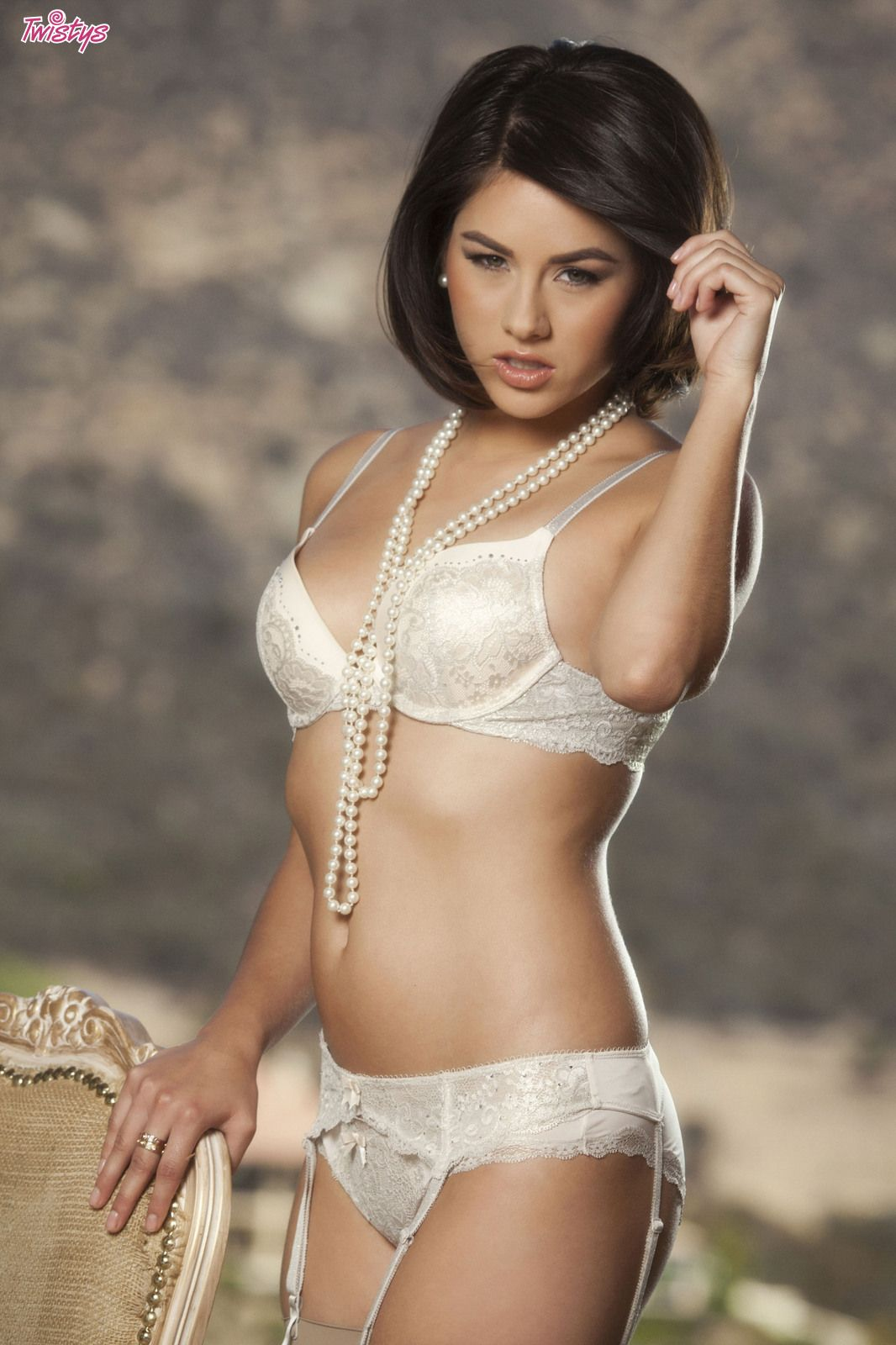 jennings hot Shyla white