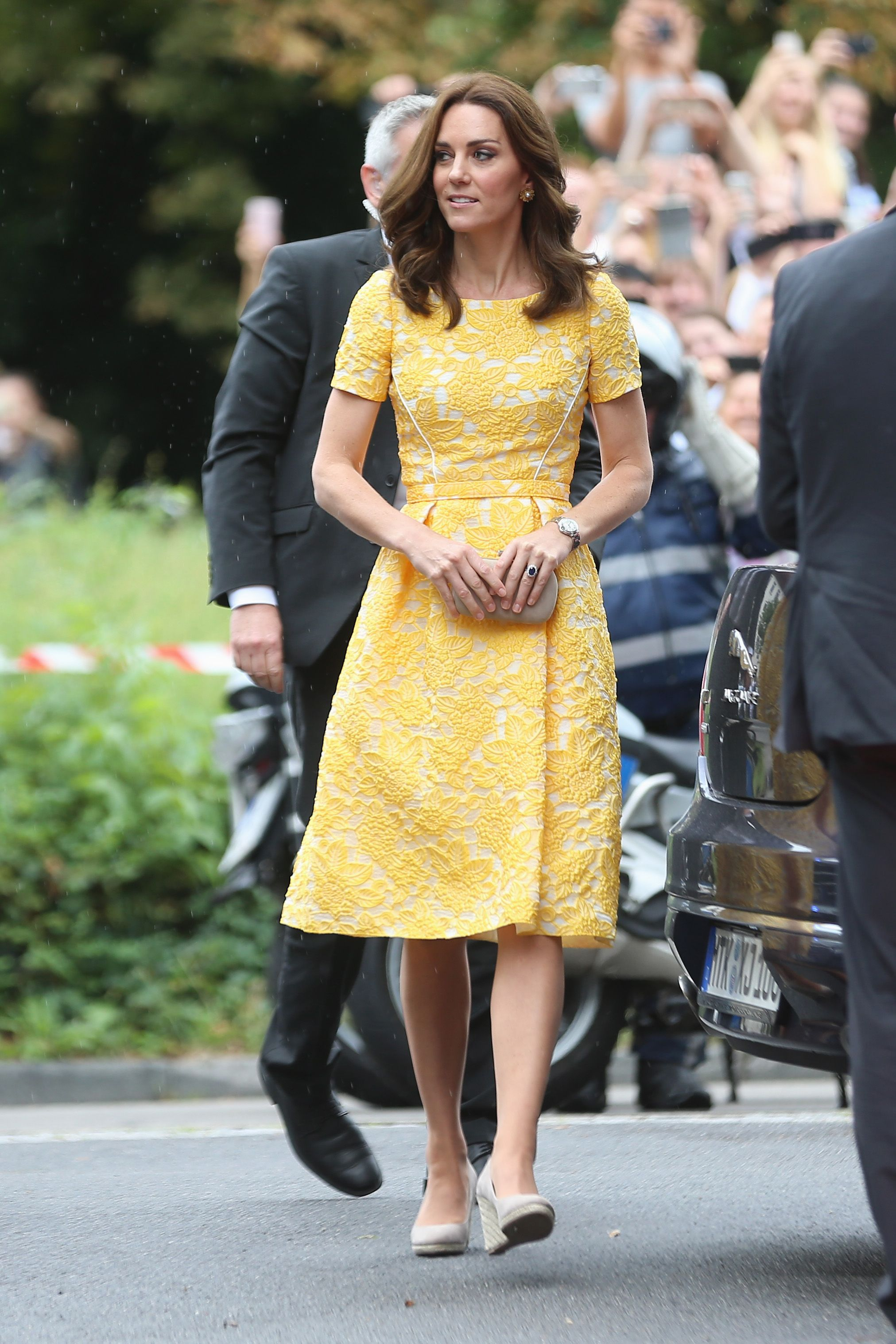 Allow Kate Middleton to Instantly Brighten Your Mood With Just Her Dress