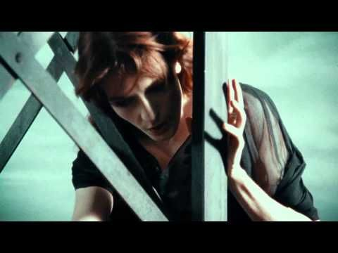 Florence + The Machine - No Light, No Light   Original video & channel http://www.youtube.com/watch?v=HGH-4jQZRcc=related