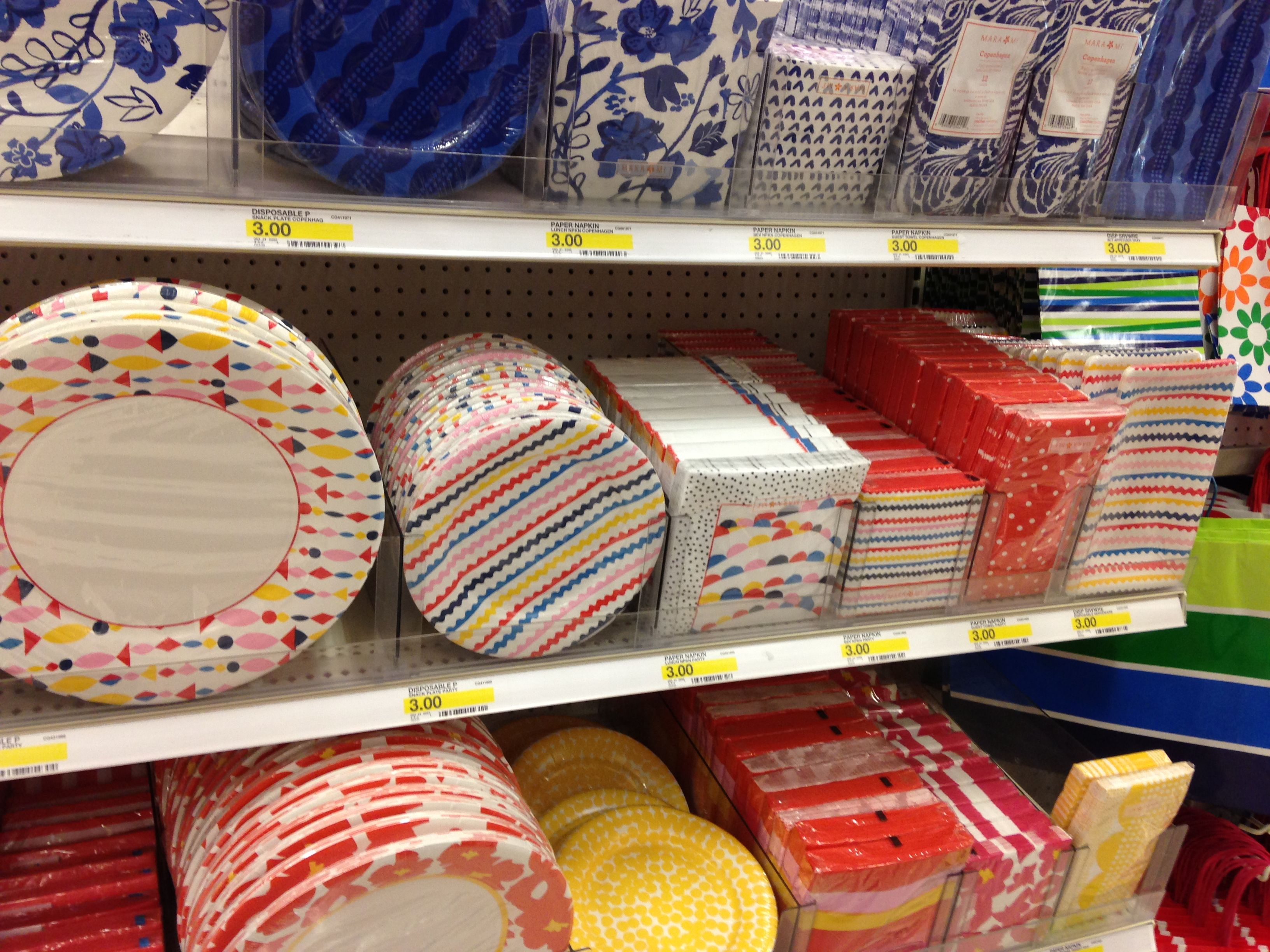 Paper plates/ napkins from Target & Paper plates/ napkins from Target | Parties | Pinterest