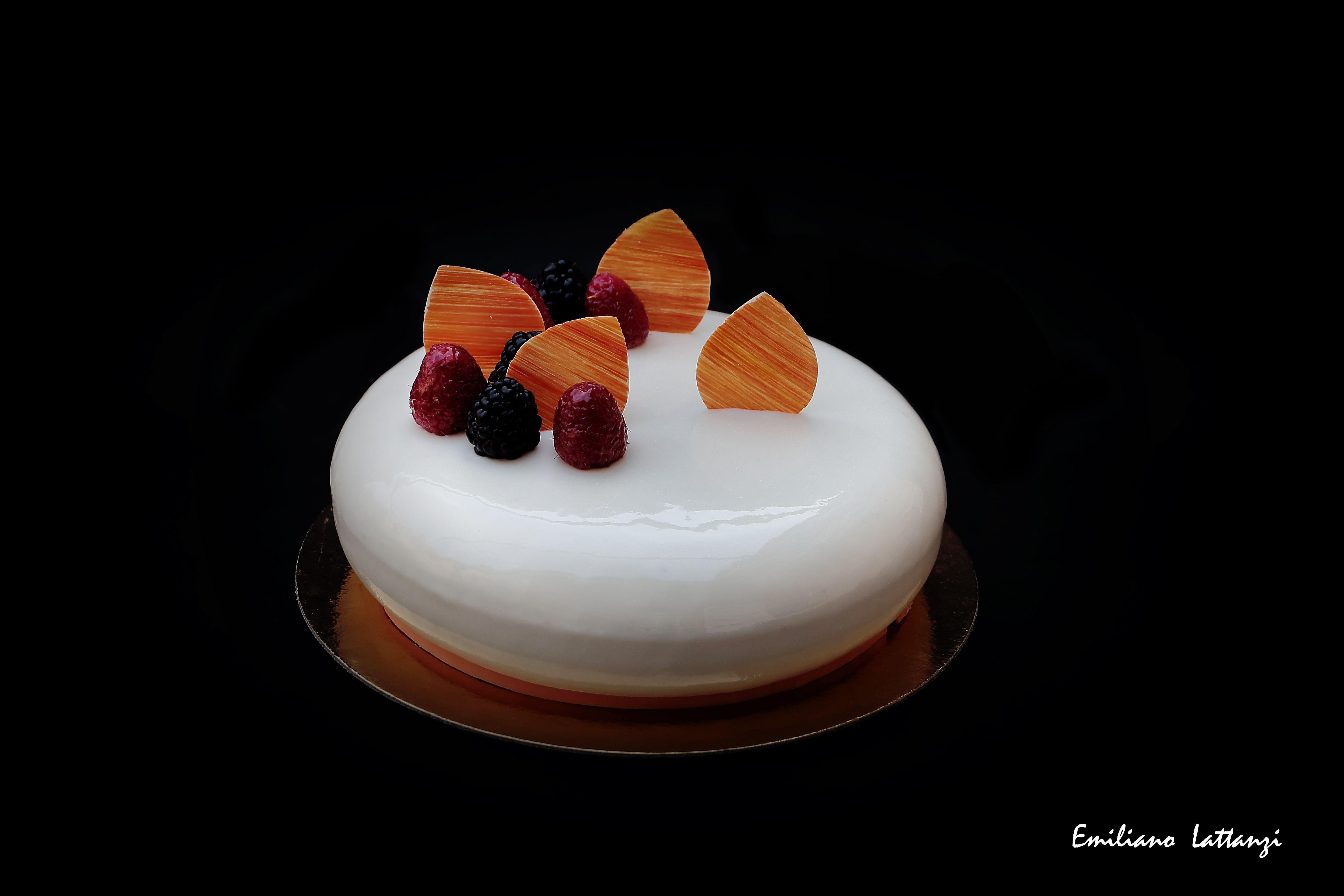 differently 20b92 870a7 Torta allo yogurt e frutti di bosco - I. Massari Pan di ...