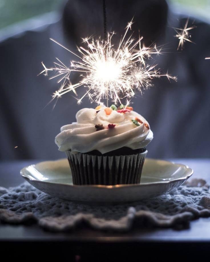 happy birthday cupcakes photo - Buscar con Google