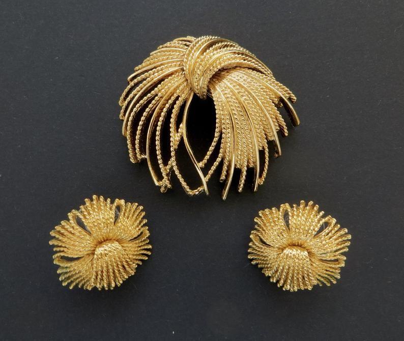 Vintage Monet Jewelry Set Gold Statement Brooch Earrings