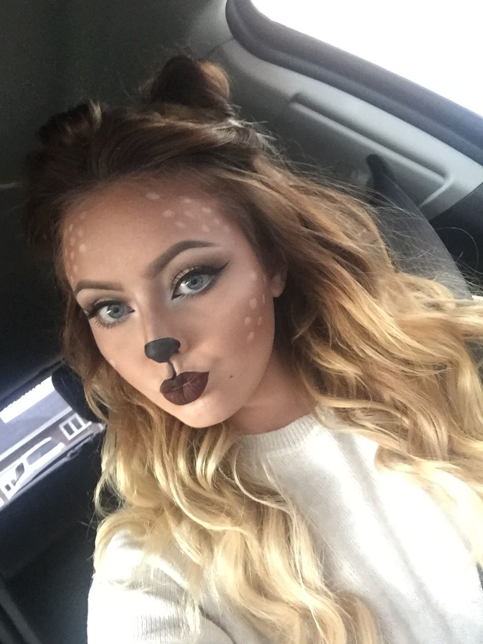 Cute deer Halloween makeup Deer halloween makeup, Cute