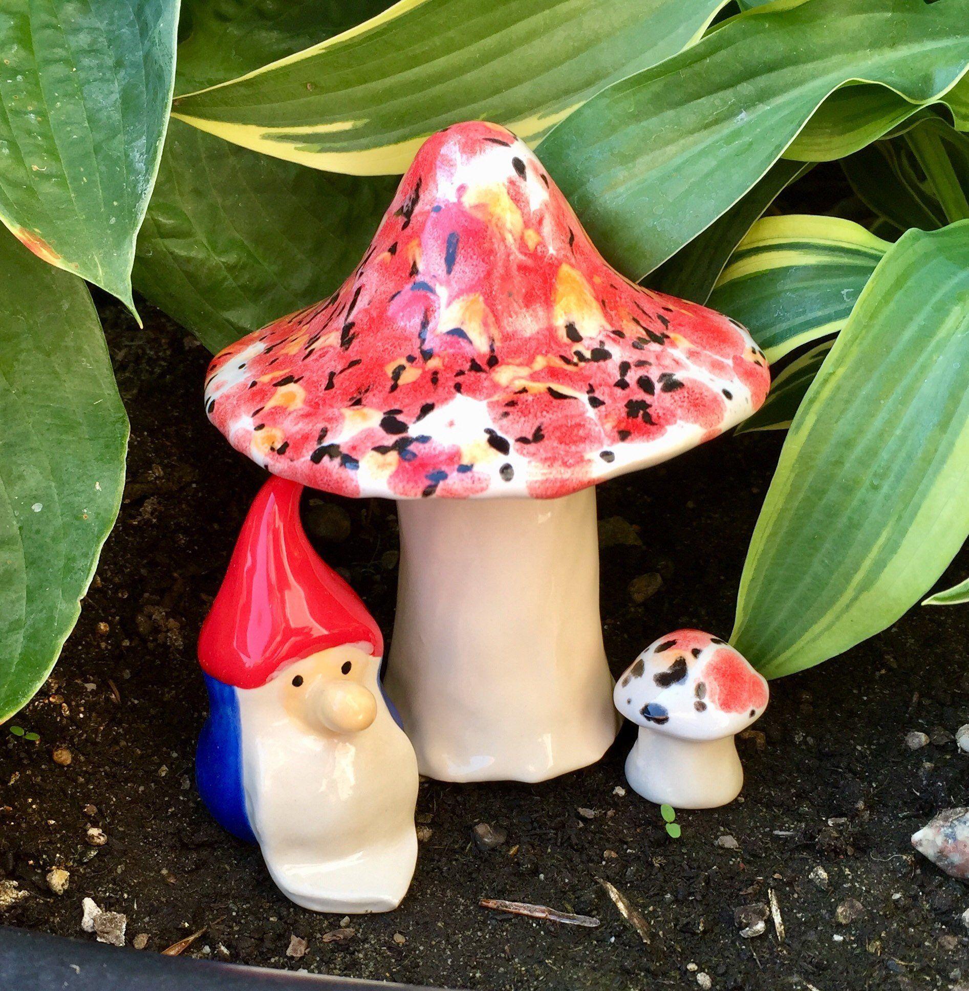 Garden Ceramic Toadstool planter ornament PLANT POT OR BORDER ORNAMENT