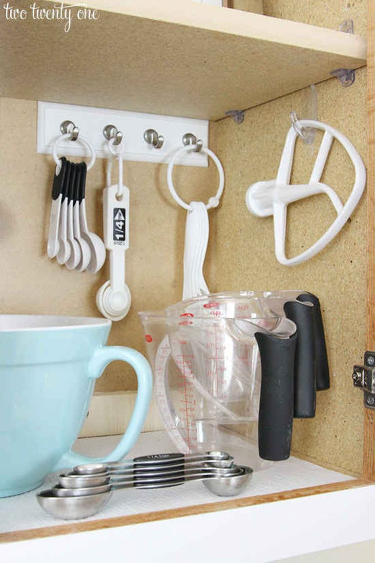 creative space saving kitchen organization ideas 47 diy on creative space saving cabinets and storage ideas id=80359
